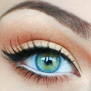 linea-de-agua-blanca-como-maquillar-ojos-pequeños