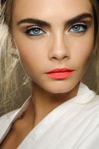 maquillaje san valentin labios coral
